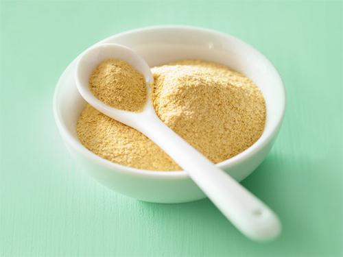 propiedades nutricionales, beneficios y contraindicaciones de la levadura nutricional por nutricienta