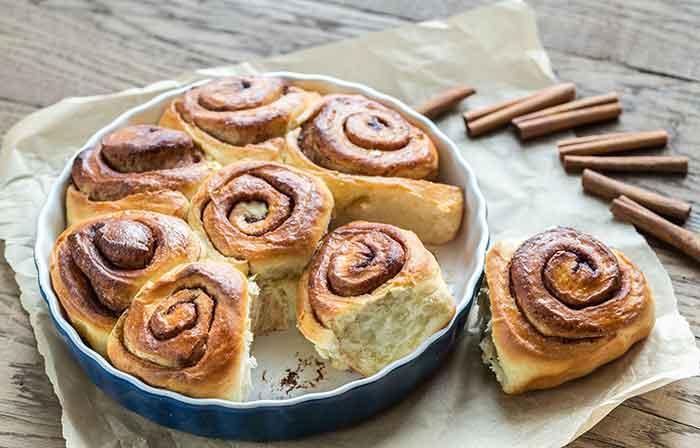 receta de rollos de canela o cinnamon rolls