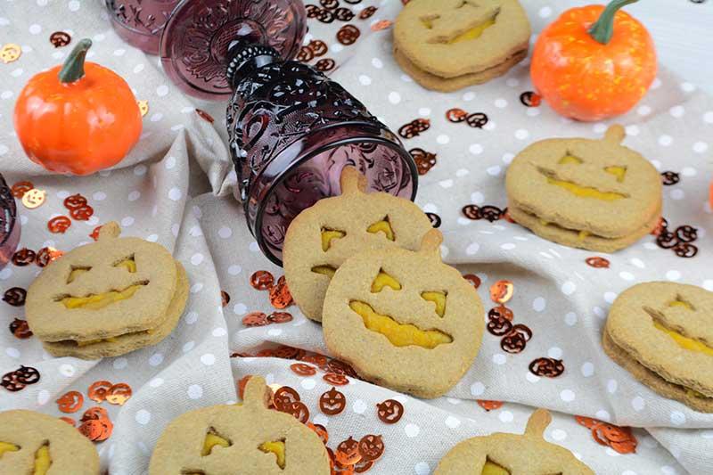 deliciosas y sanas galletas especiadas rellenas de crema de calabaza sin az?car por nutricienta