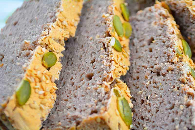 delicioso pan sin gluten apto para celiacos, a base de harina de trigo sarraceno o alforf?n por nutricienta