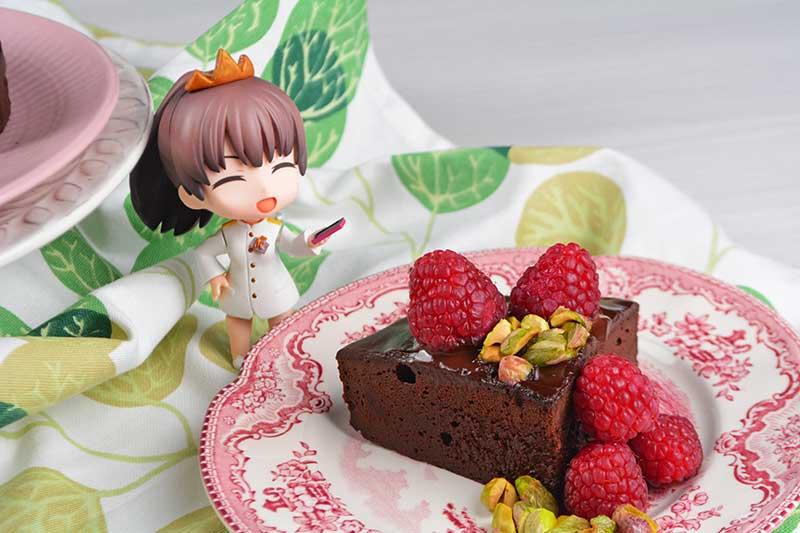 deliciosa tarta de chocolate con 2 ingredientes, sin harina y sin azucar 2